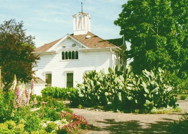 Luther Burbank carriage house